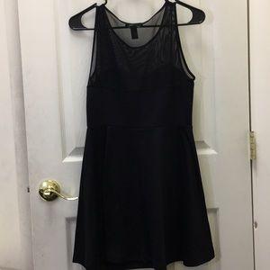 Forever 21 Dresses - FOREVER 21 mini black dress